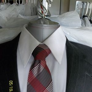 Carta5- Jos A Bank 2Btn Gray Pinstripe Suit